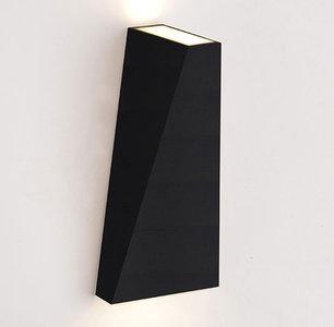 LED Wandlamp 10W Driehoek Warm Wit, Zwart